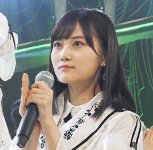 乃木坂46衣装の坂道-22nd「帰り道は遠回りしたくなる」2nd歌唱衣装