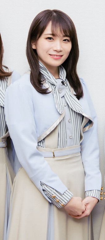 乃木坂46衣装の坂道-26th「僕は僕を好きになる」制服